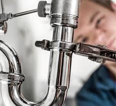 طرق عمل الصيانة الدورية للسباكة في المنازل