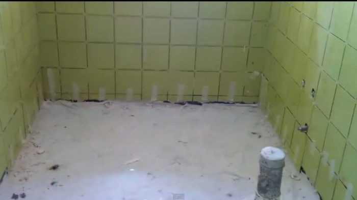 شركة عزل حمامات بالعزيزية-0557708575